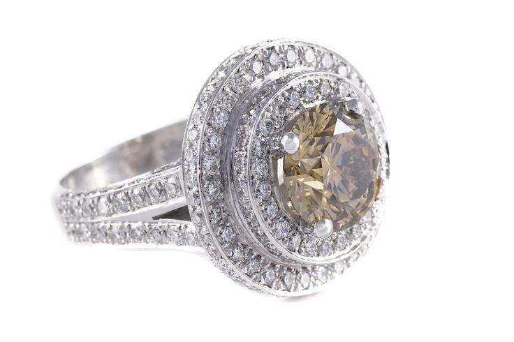 Champagne Coloured Diamond Ring 18 ct White Gold
