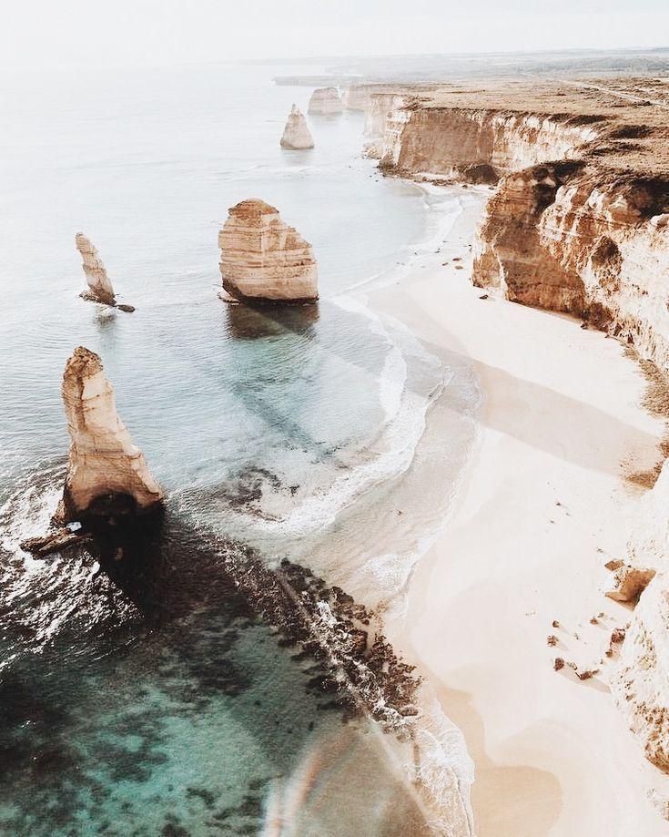 Great Ocean Road, Australien Wir möchten uns bei Ihnen bedanken, wenn Sie dies teilen möchten …   – https://dessertpins.com
