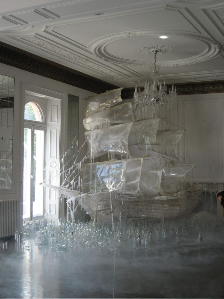 Tim Walker for Vogue US - Ice ship