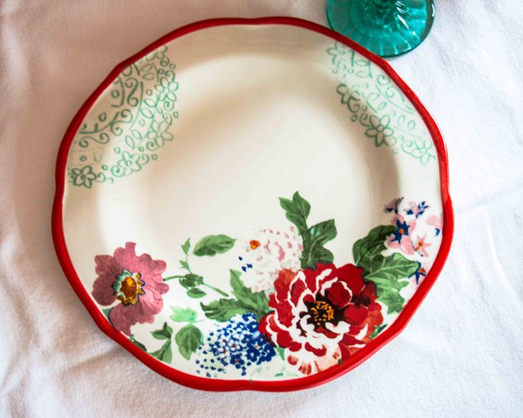 pioneer woman dinnerware collection | The Pioneer Woman's New Collection Delivers