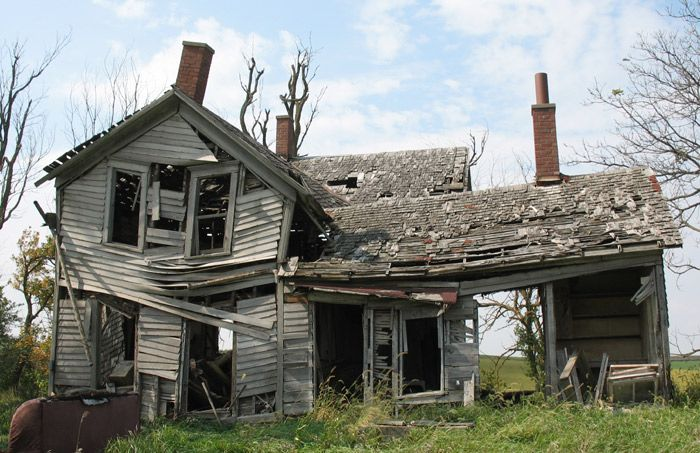 Farm House Old Broken Down Pinterest Junk Removal
