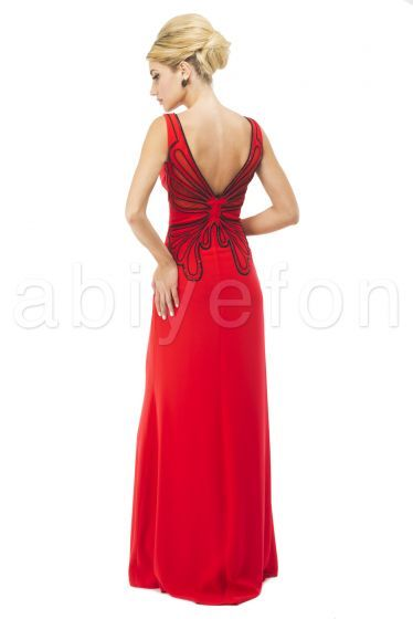 Kelebek İşlemeli Uzun Kırmızı Abiye Elbise