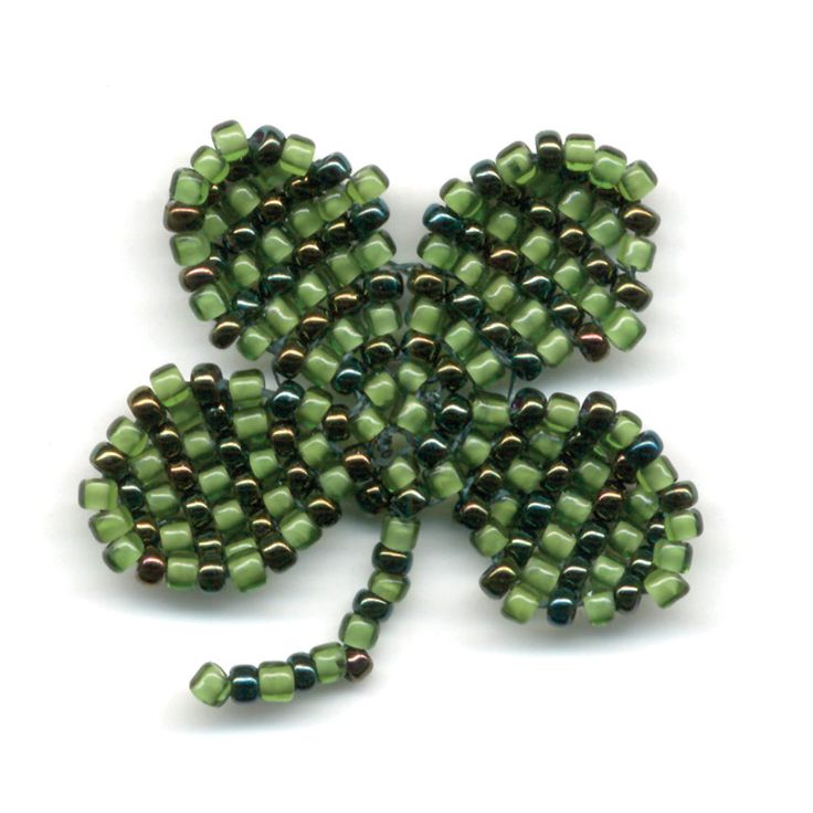 How to Bead a Shamrock with Brick Stitch