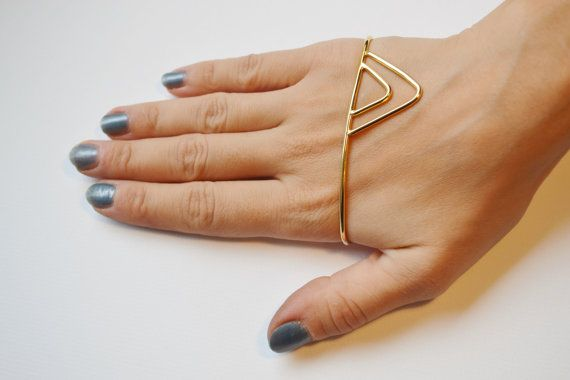 Palm Bracelet - Palm Cuff - Triangles - Gold Plated - Brass - Fishbone Desing Jwls