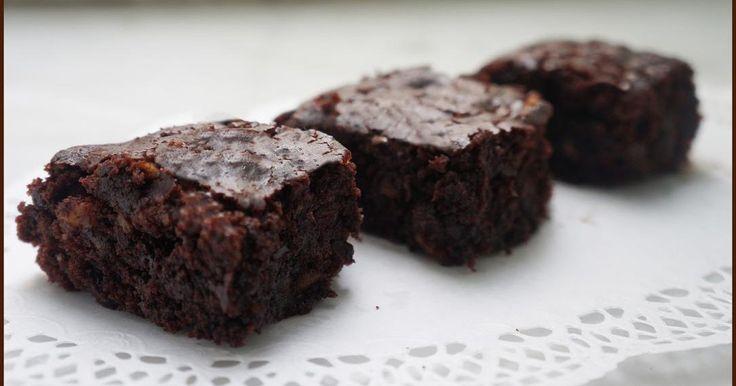 Brownies alle noci vegan e gluten free - Ricette di non solo pasticci