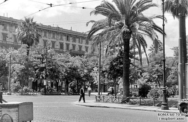 Piazza risorgimento 1954
