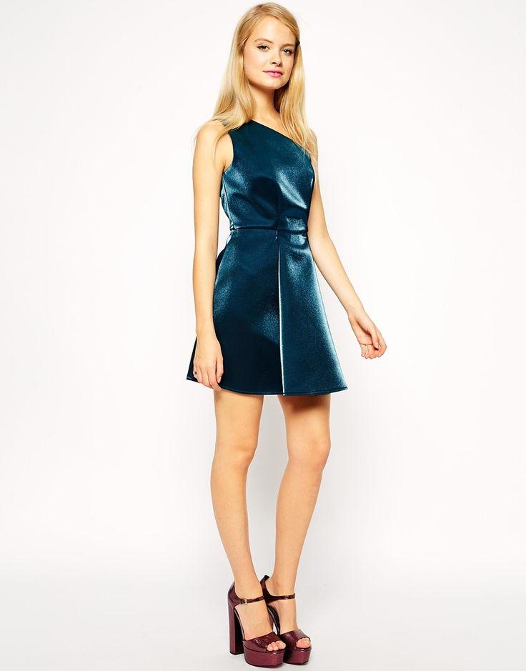 Image 4 ofASOS One Shoulder Metallic Prom Dress