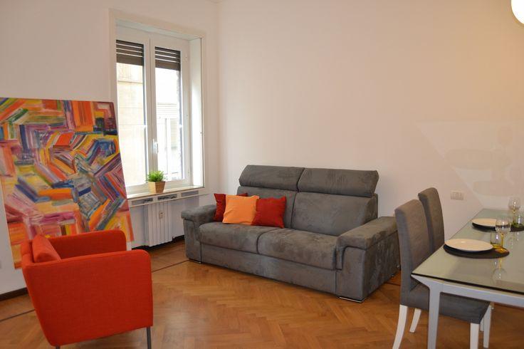 #Centro - via Nerino. In affitto un bell'appartamento valorizzato dalla sua recentissima ristrutturazione, soluzione perfetta per chi desidera vivere in un appartamento di taglio moderno, completo di tutti gli arredi e corredi pronto per essere subito abitato. A due passi da Via Torino, a poca distanza dalle Colonne di San Lorenzo. http://www.rossomattone.eu/Milano_Centro_Storico_Milano_Affitto_Trilocale_Via_Nerino-h203-m19-s14-p16.html?&conta_lista=0&metodo=DESC&ordina=