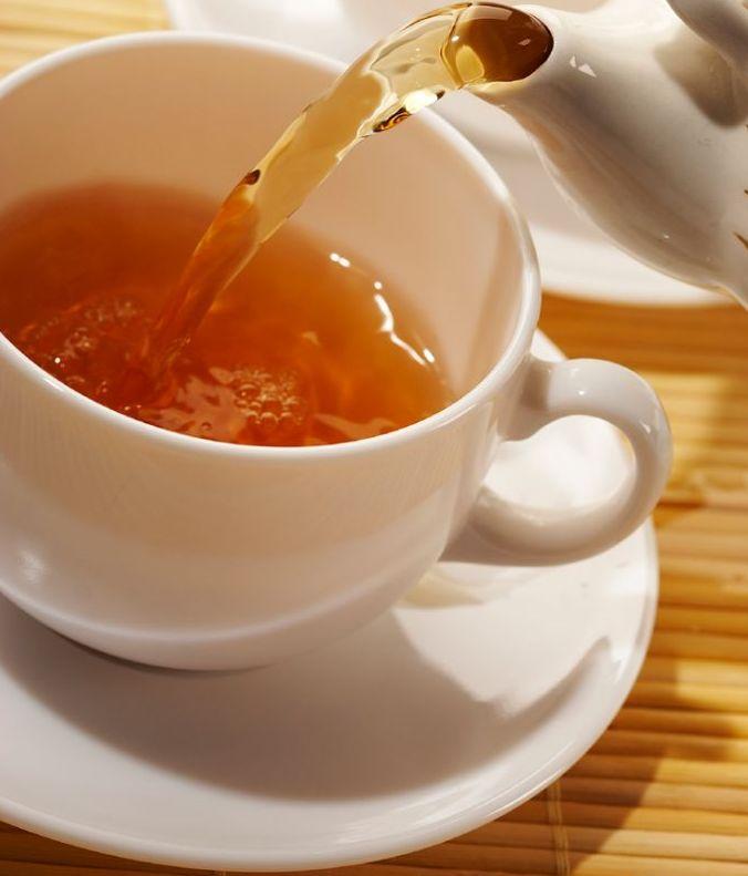 Egy csésze teában ugyan annyi antioxidáns található, mint tíz csésze almalében. Miért jó ez nekünk? Azért, mert akár napi egy csésze teával már jót teszünk testünkkel.  Kellemes estét! UKKO Tea #tea #ukko #ukkotea
