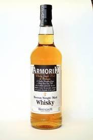 J'aime le whisky. Quelquefois j'ai besoin de quelque chose de fort pour oublier mes problèmes.