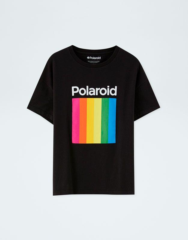 86bf638511 Camiseta Polaroid logo multicolor - PULL&BEAR | playera texto in ...