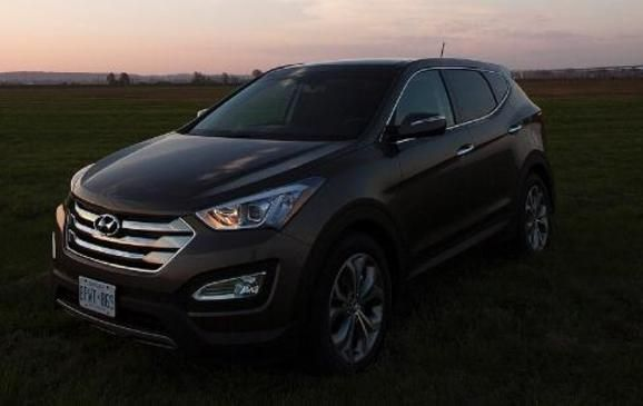 Read our 2013 #Hyundai Santa Fe 2.0T AWD review.