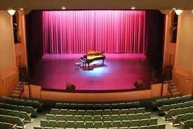 The Vacaville Performing Arts Theatre offers comfortable seating for 500 people. The theatre is an ideal venue for live performances, large assemblies, lectures, and more.
