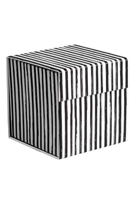 Cutie din carton cu motive