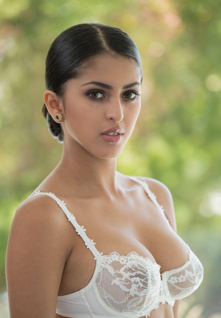 Sophia leaone