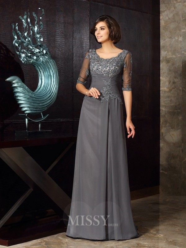 A-Line/Princess Scoop Chiffon 1/2 Sleeves Applique Sweep/Brush Train Mother Of The Bride Dress With Rhinestone