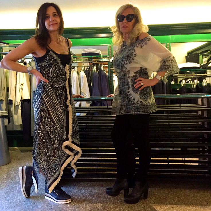 erfurt luxury accessories!Stampe meravigliose e tanti dettagli fatti a mano 💃💄💐 @erfurtluxuryaccessories #erfurtluxuryaccessories #ss17collection #pe2017 #orgogliodiessereitaliano #fashion #styles #stylish  #model #glam #glamour #outfit #ootd #instagood #instafashion #today #tagsforlikes #todayimwearing #fashionista #instastyle #fashiongram #beautiful #accessories  #swag #cute #confezionimontibeller #borgovalsugana #trentino #livelovevalsugana  http://www.confezionimontibeller.it