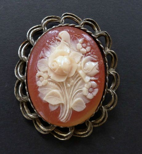 Custom Cameo Resin Pins Diy: 99 Best Resin & Celluloid Roses, Flowers, Buttons, Etc