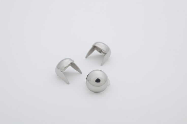 stud - Dome Medium 3/8 Silver  ☆ Bag of 100 - $4.98  ☆ Bag of 500 - $23.72 ☆ Bag of 1000 - $43.75