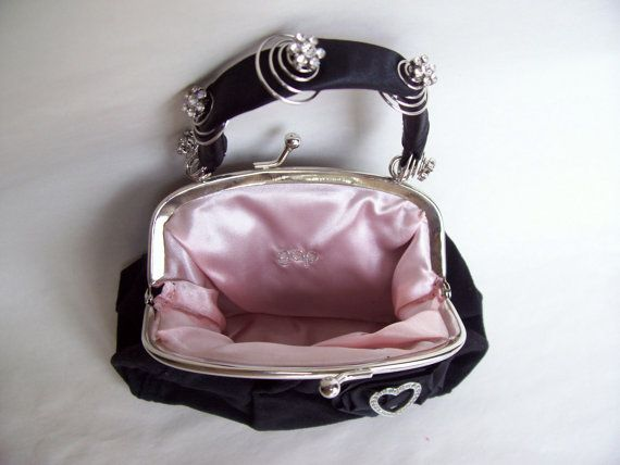 Hey, I found this really awesome Etsy listing at https://www.etsy.com/listing/94496783/black-velvet-gap-purse-upcycled-with