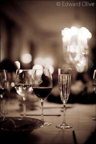 Glasses on table in wedding in the Ritz Hotel Madrid Spain - Edward Olive fotografo de bodas