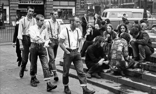 Skinheads and hippies, Piccadilly Circus.Photographed by Terry Spencer, 1969.