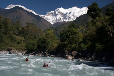 #Adventure in the Himalayas - River Rafting / White-water Rafting - Considered to be the most exciting sports in the #Himalayas, the magic behind #RiverRafting also referred, as Whitewater River Rafting is the extreme and never-ending thrills in the untamed rivers. #attraction #travel