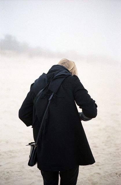 Winter strolls on the beach » all black everything