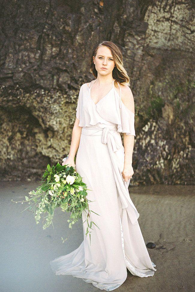 Sea Glass Inspired Moody Oregon Coast Elopement  //  Story Board Wedding