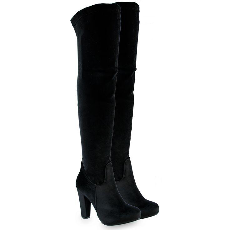 Μαύρη βελούδινη μπότα με τακούνι
