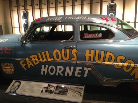 NASCAR Charlotte 2013   NASCAR Hall of Fame, April 2013 (erzeszut, avr. 2013)