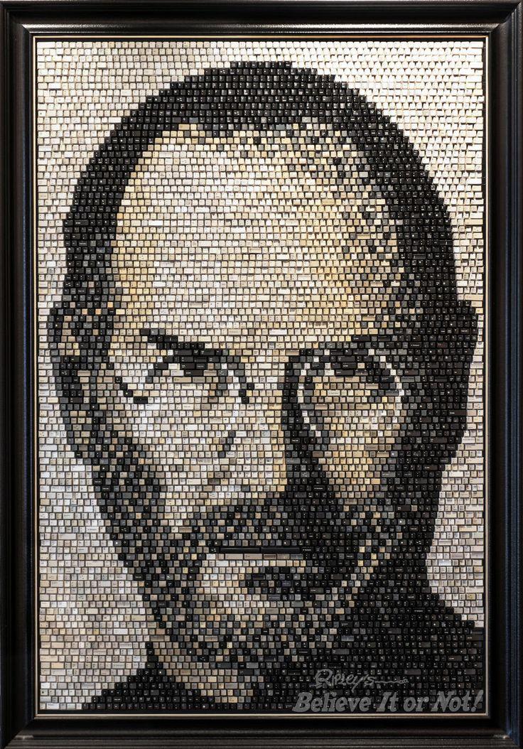 Mosaico de Steve Jobs hecho con teclas de ordenador