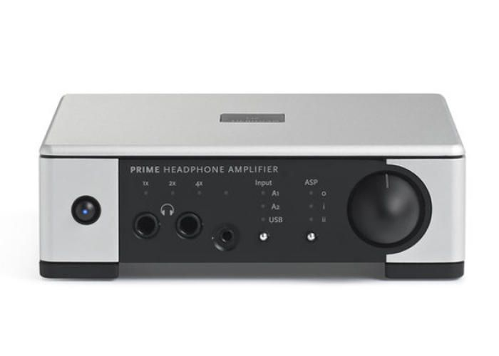 How small can a bona fide high-end headphone amplifier be?