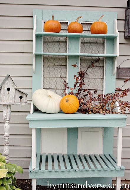 25 best ideas about eclectic potting benches on pinterest eclectic outdoor love seats - Outdoor deco huis ...
