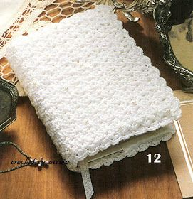 Beautiful Bible Cover Free Pattern (if only I read spanish)