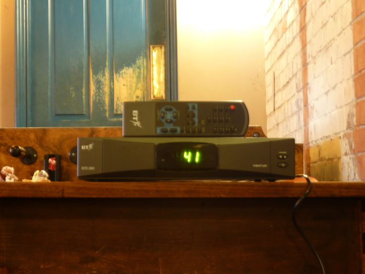 bt svs 300 satellite tv receiver