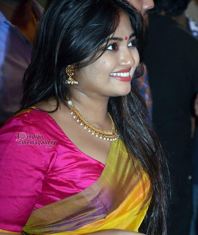 #malayalam #tamil #actress #shalinzoya . . . . . .  #cute #smile  #fashion #friends #like4like #kerala #kochi #mallus #mallu
