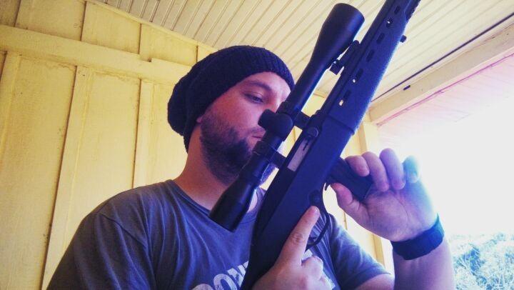 Travado, aberto e sem munição na câmara de disparo ! #safefirst #hunt #guns #EB http://misstagram.com/ipost/1565295196635094731/?code=BW5C7AkD17L