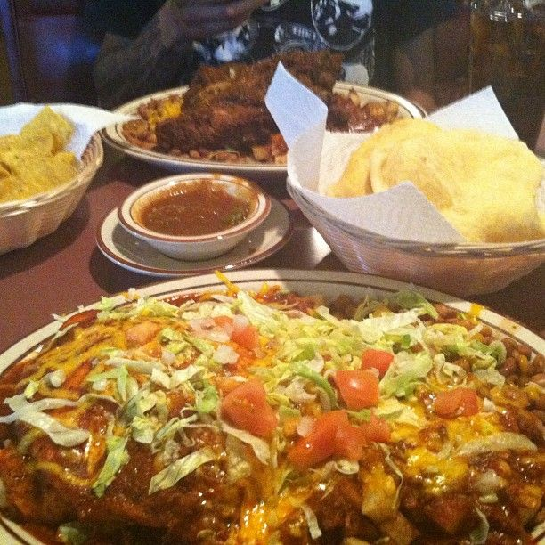Sadies stuffed sopapilla and carne ribs across the table. Red Chile Heaven.