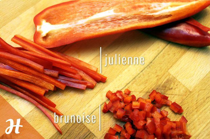 Julienne ve brunoise gibi temel mutfak kesimlerini biliyor musunuz?Detaylar bıçak teknikleri bölümünde: http://www.hobiyo.com/kurslar/temel-mutfak-teknikleri-k1