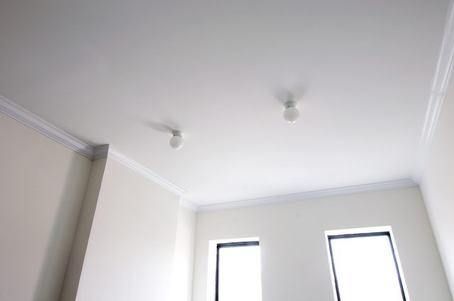 Textured Ceilings Vs Smooth Ceilings Ceiling Texture Smooth