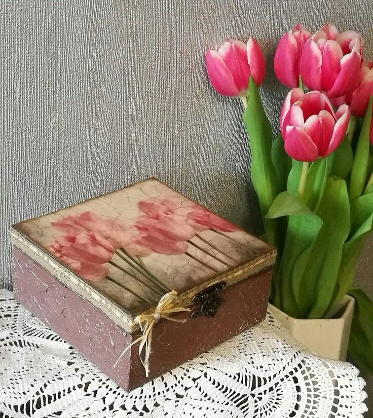 Tulipános dobozka ajándéknak / tulip, wooden box, decoupage, gift,