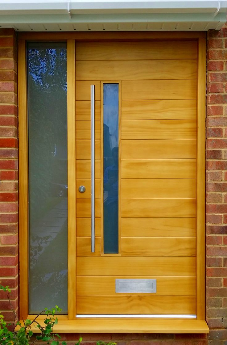Accoya contemporary door with Oak stain.  . www.thehampshiredoorcompany.co.uk