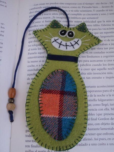 marcapaginas gato hecho de fieltro  para amantes de lectura y de gatos  un…