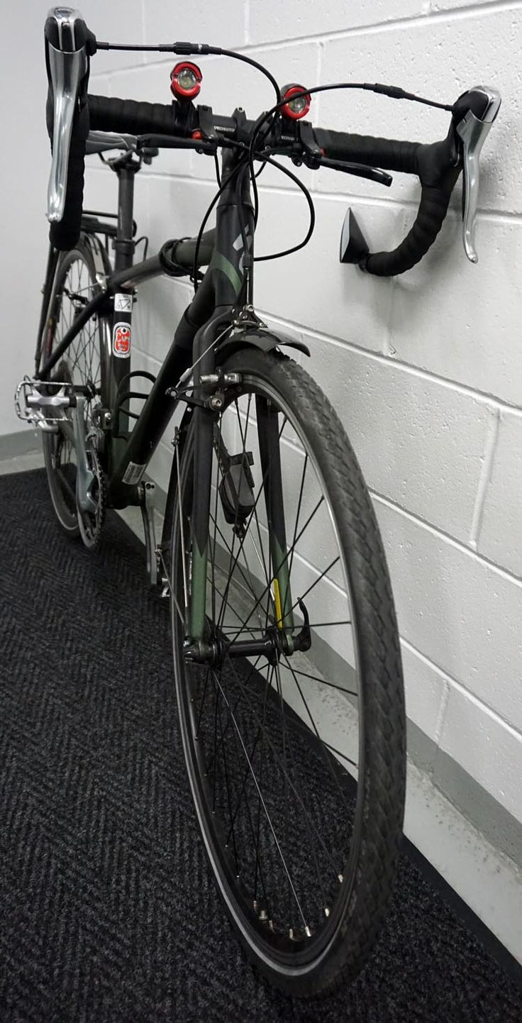 Categorized as a freeroad bike by specialized the tricross can hold its own as a road bike a touring bike in cyclocross races and as a serious commuter
