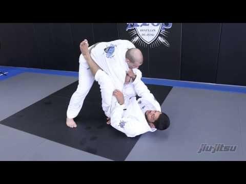▶ Andre Galvao, Lasso Guard Sweep With Omoplata: Jiu-Jitsu Magazine Issue #23 - YouTube