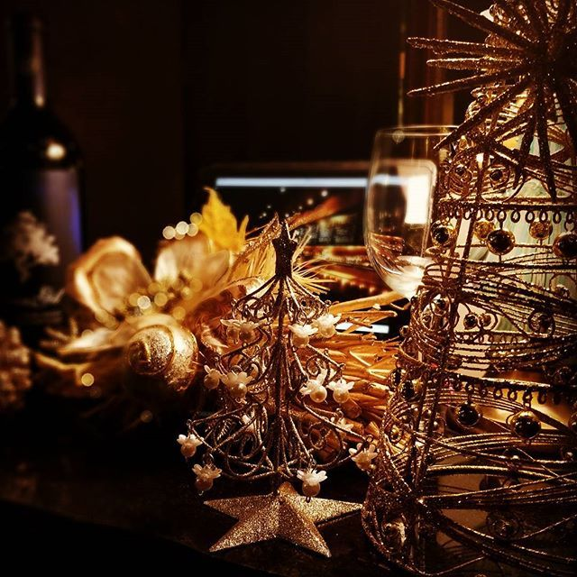 新宿Refrain まもなく12月 12月といえばクリスマスですね。 クリスマスの飾り付けをしている時が一番ワクワクするものです。 今年もあとわずか、沢山の幸せに出会えますように。 Follow us on!! →@spainbarrefrain #新宿Refrain#スペインバル#バル #お洒落#スペイン#クリスマス #スペイン料理#新宿#ディナー #ワイン#カクテル#酒 #女子会#飲み会#ビール #パエリア#ラムチョップ #デート#肉#記念日 #party#bar#Christmas #wine#cocktail#happy #paella#love #food#spain