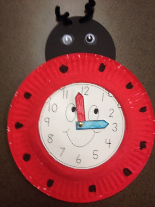 Ladybug clock to go with Eric Carle's The Grouchy Ladybug.