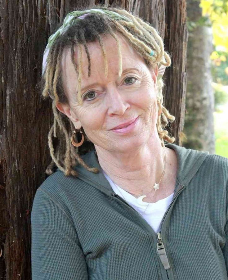 anne lamott essay writing As anne lamott wrote in her essay, writing first drafts is a dreadful process however, getting the first draft done, pouring it all out on paper without any hesitation and thinking of how it might affect the final version of the paper is helpful.