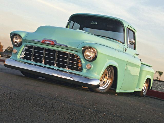 '55 Chevrolet pickup hot rod